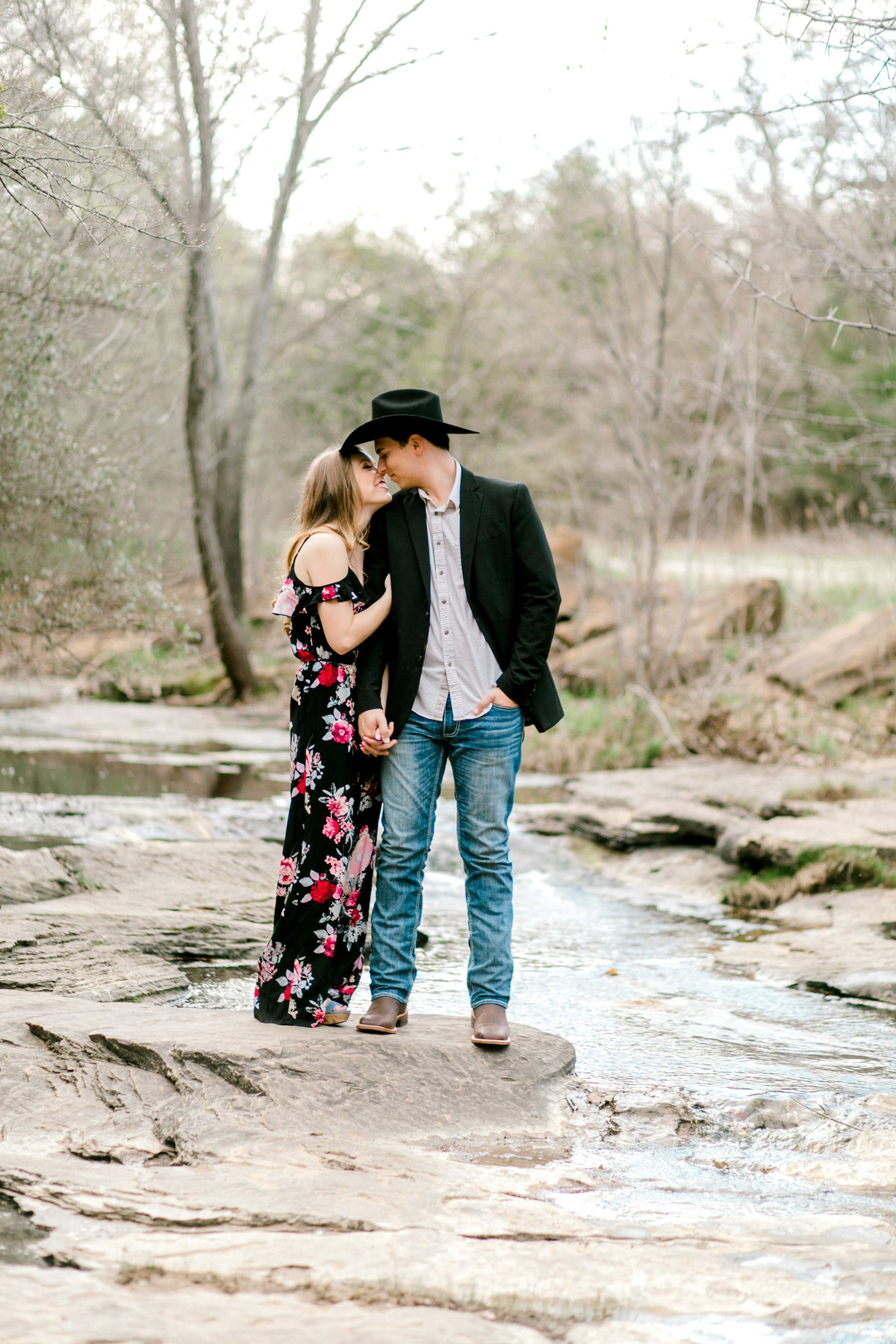 Becca-Jacob-Stone-Creek-Park-Engagement-Session-_-Flower-Mound-Wedding-Photographer-_-Emily-Nicole-Photo-71