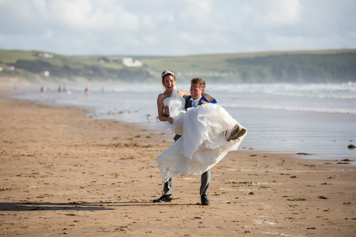 couple at woolacombe bay hotel wedding