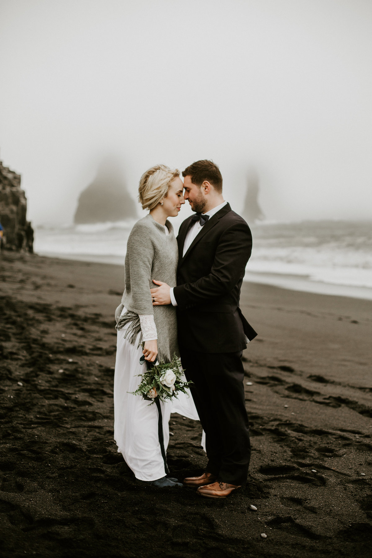Iceland-elopement-destination-wedding-1-4