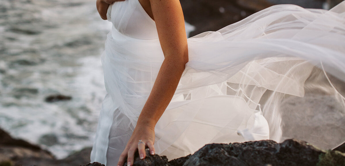Cliff Coast Elopement - Hourglass Photo - Courtney Nick -15