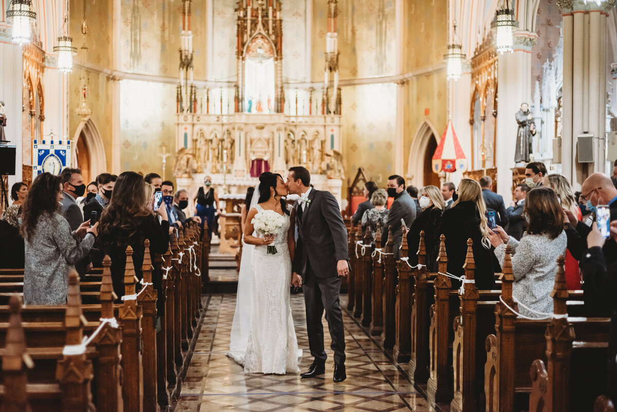 St-anne-de-catholic-church-wedding-pictures-detroit-wedding-pictures-city-wedding-pictures-detroit-wedding-photographer-girl-with-the-tattoos-wedding-photographer-michigan-wedding-photographer-wedding-party-pictures