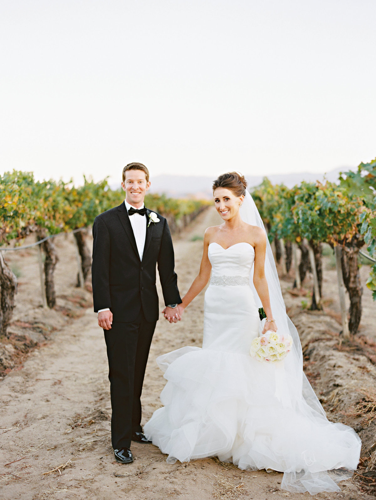 marisaholmes_vineyard_wedding_047