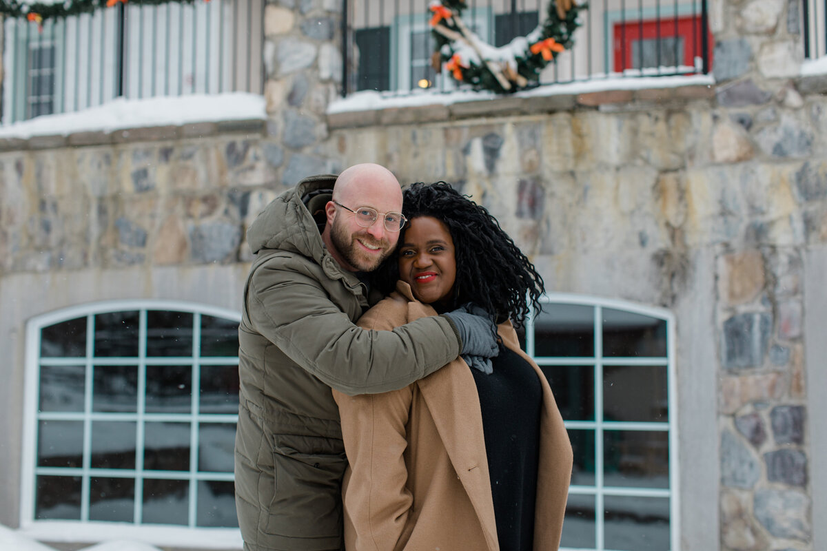tremblant-winter-mountainside-engagement-session-grey-loft-studio-tremblant-village-40