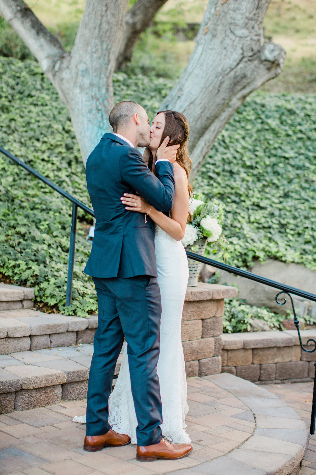 Paige & Thomas are Married| Circle Oak Ranch Wedding | Katie Schoepflin Photography725