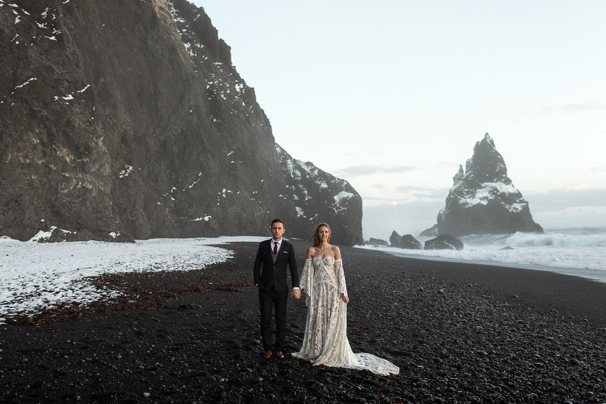 Willow_and_Wolf_Destination_Wedding_Iceland-2