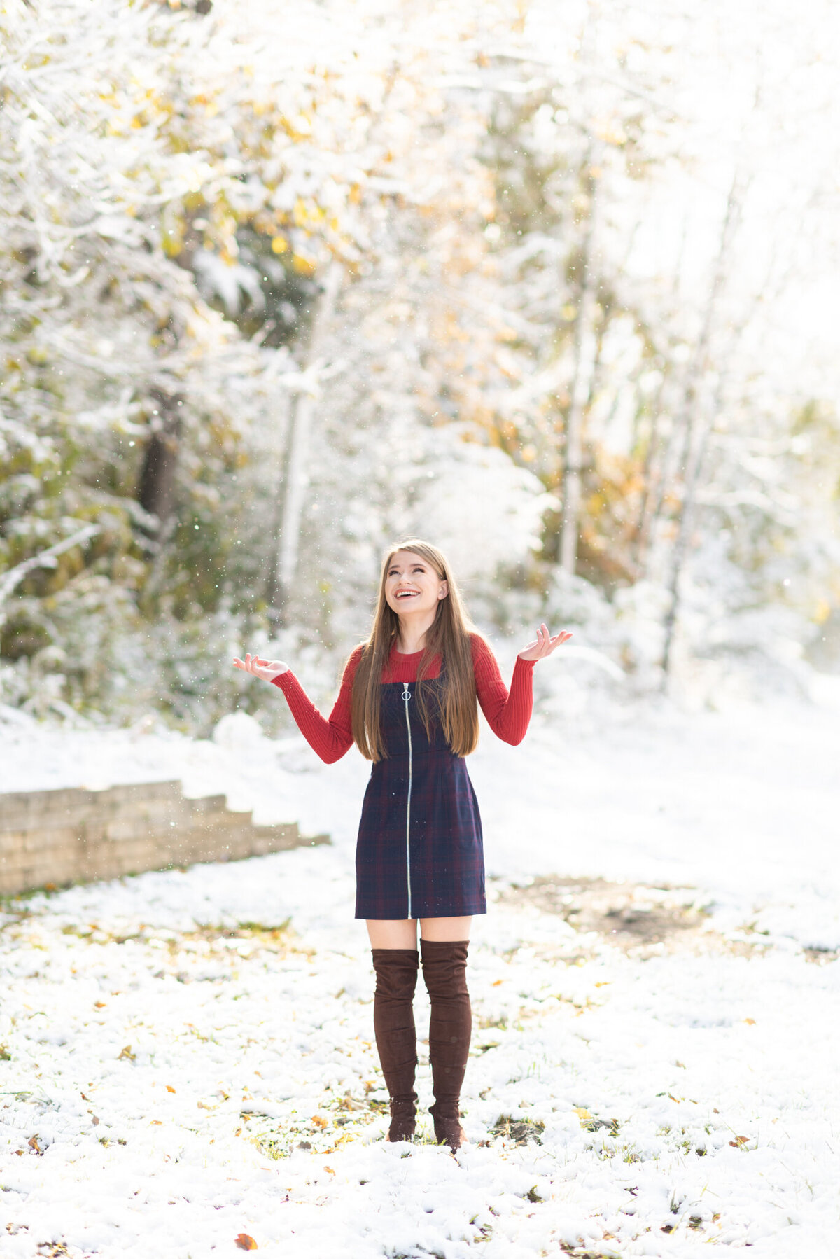 Autumn-fall-Winter-high-school-senior-Pictures-9