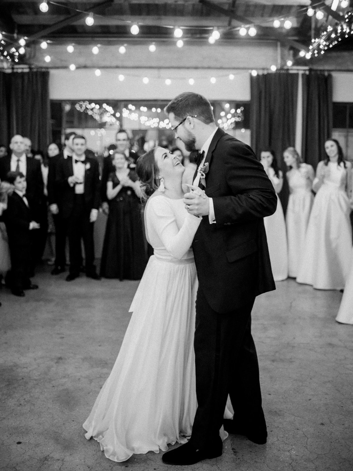Courtney Hanson Photography - Festive Holiday Wedding in Dallas at Hickory Street Annex-4368