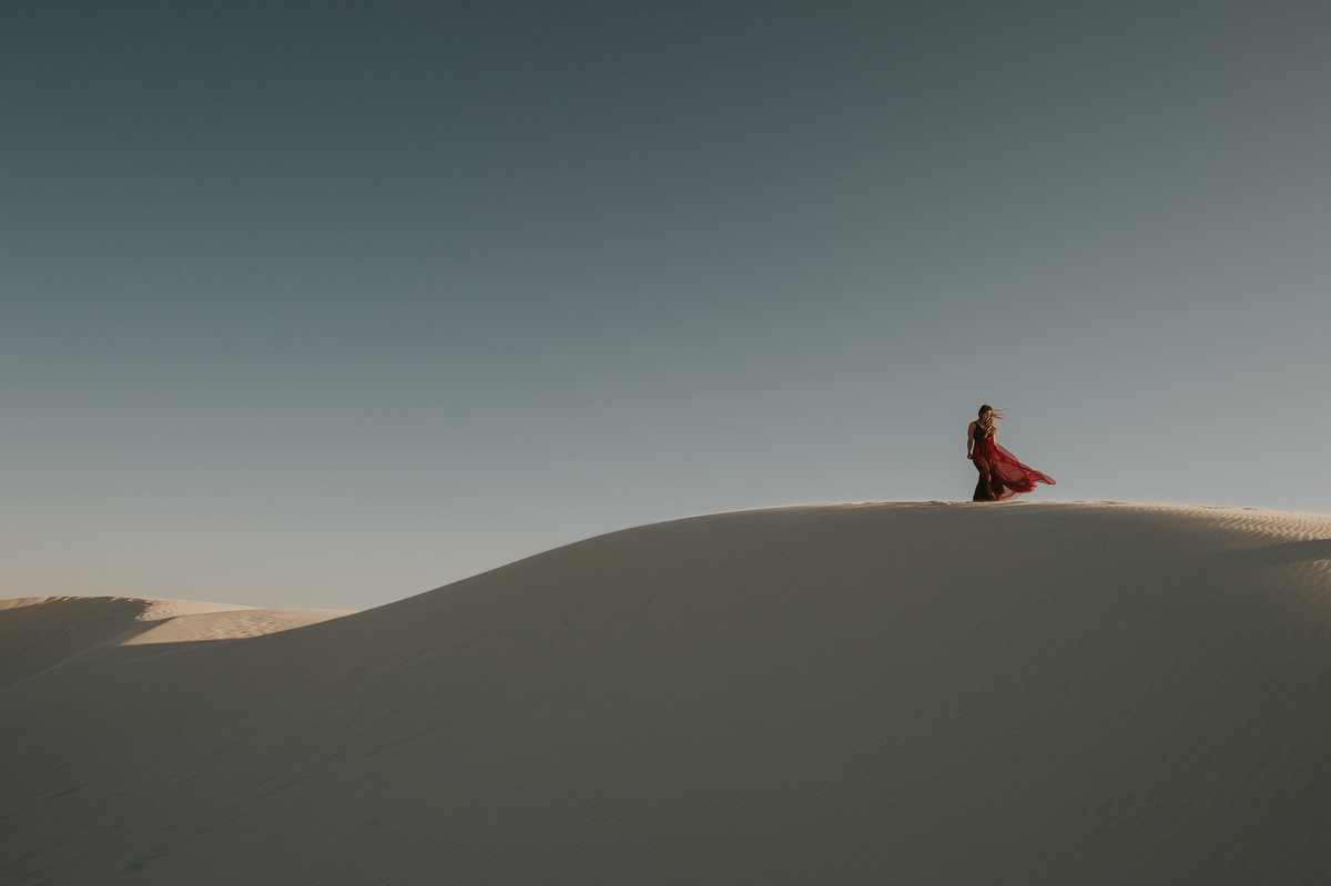love-is-nord-photographe-mariage-elopement-québec-white-sands-desert-01008