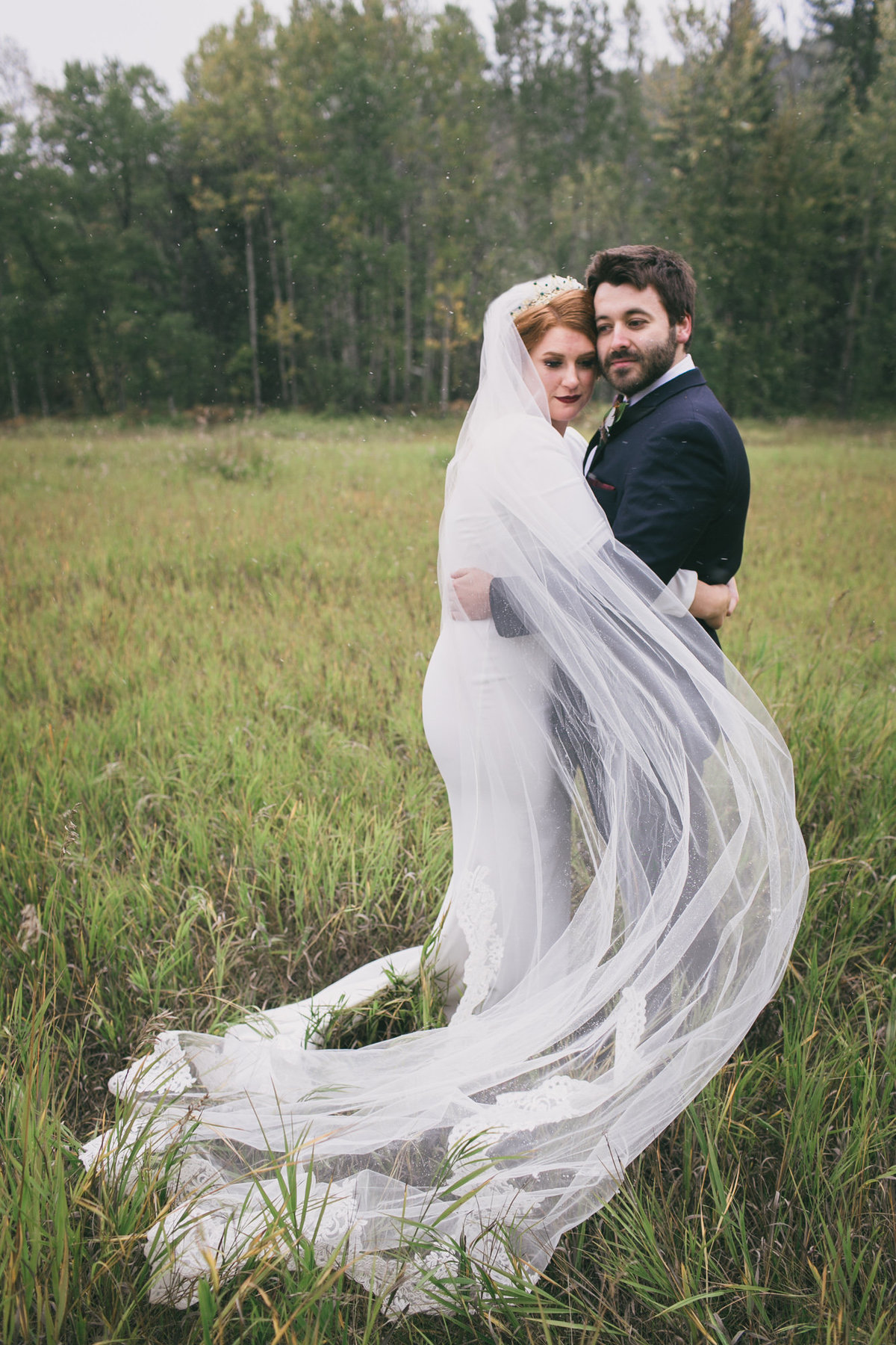 Jennifer_Mooney_Photography_Abbey_Stephen_Fall_Winter_Glacier_Park_Elopement-63
