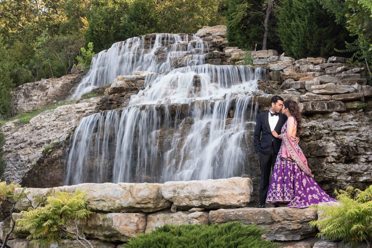 indian-bride-groom-waterfall-0001
