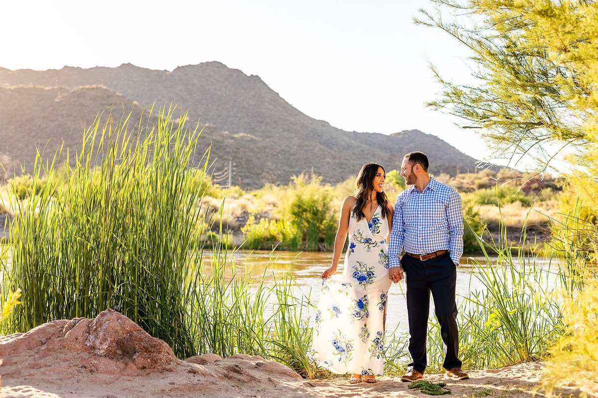 Celina + Colton - Engagement - Salt River Engagement Session-47_Lunabear Studios Portfolio