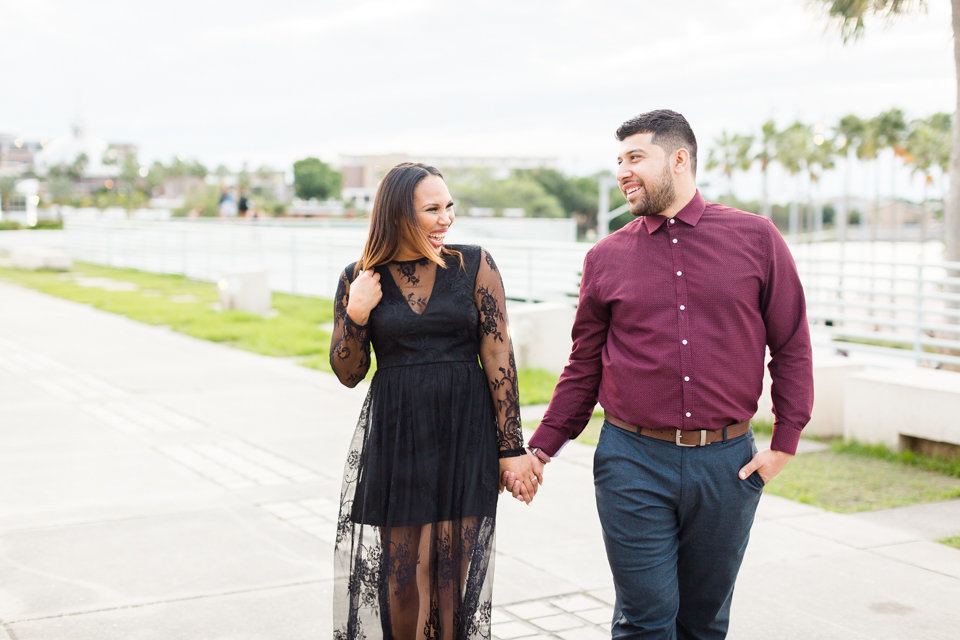 le-meiridian-downtown-tampa-engagement-session-19