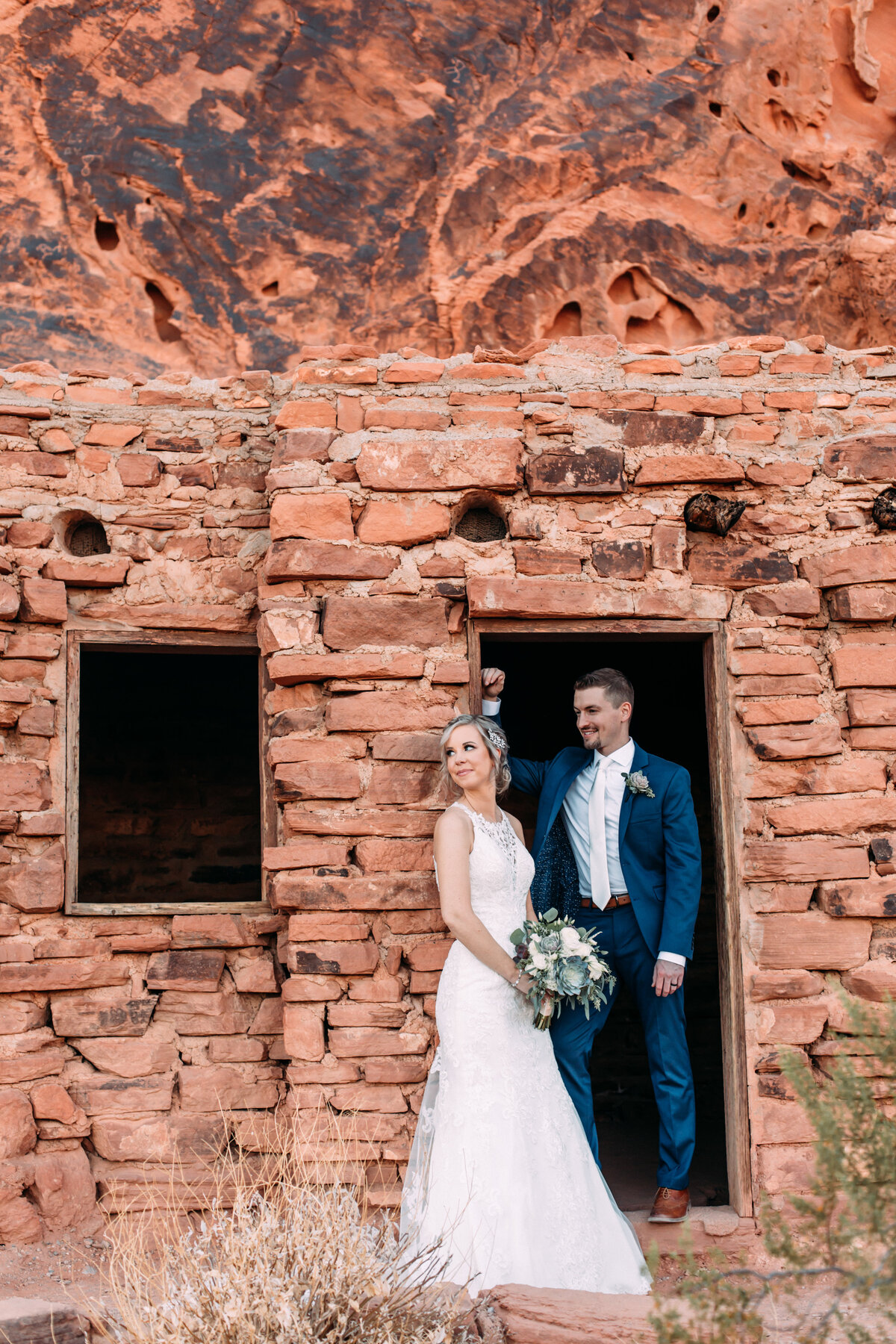 Heather+Ivan|AshlynSavannahPhoto|ValleyofFireElopement-52