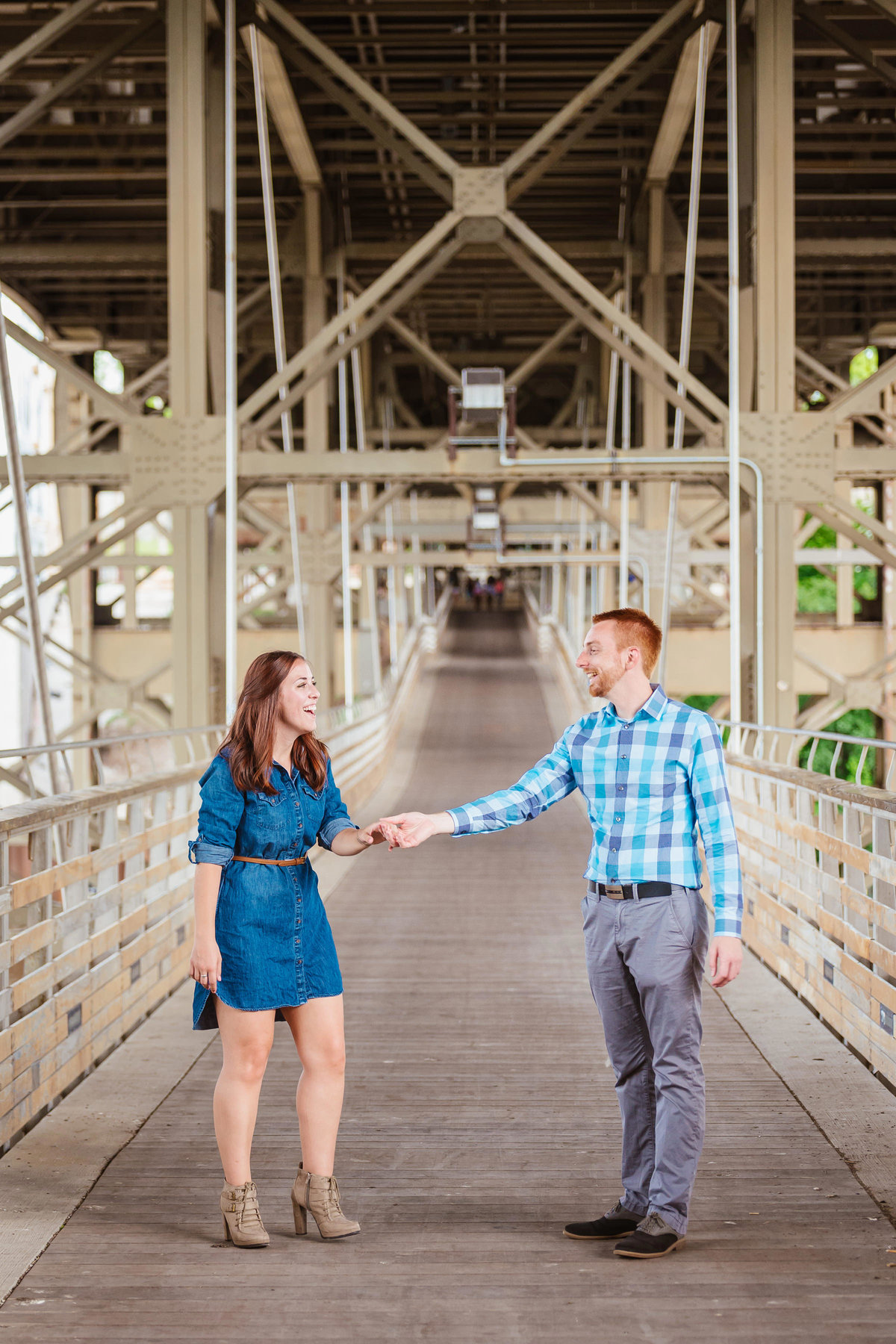 modern-engagement-photos-the-paper-elephant-038