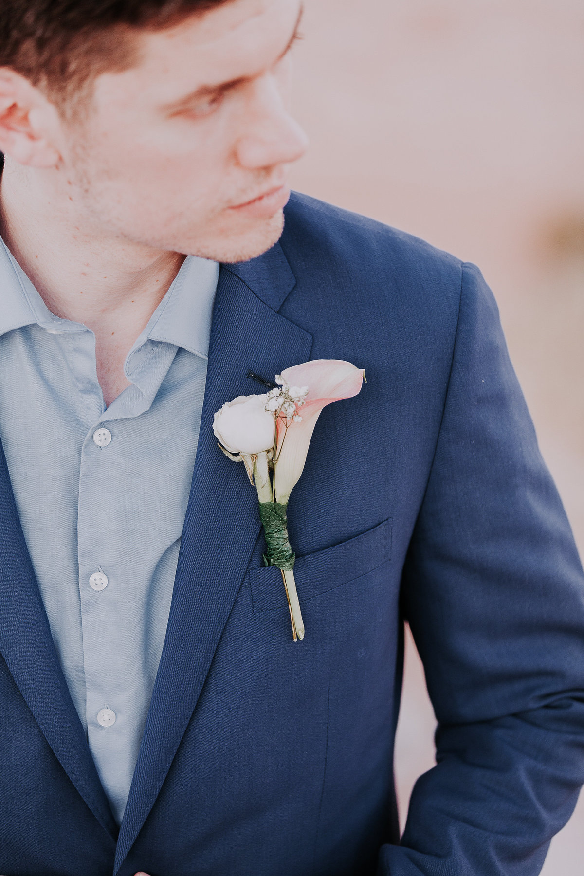 Lake Tahoe wedding photos groom and his boutonniere
