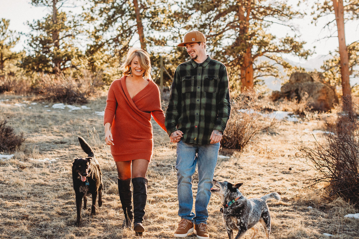 Sunset engagement session with dogs in Estes Park, Colorado