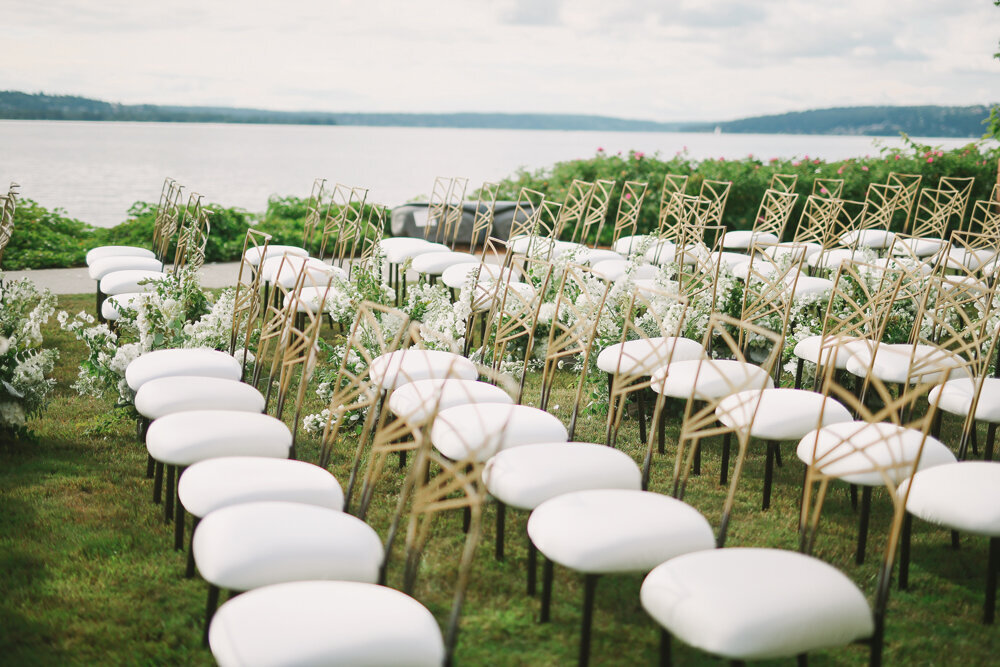 Kirkland-washington-wedding-planner-leigh-and-mitchell-waterfront-wedding-ceremony-inspiration