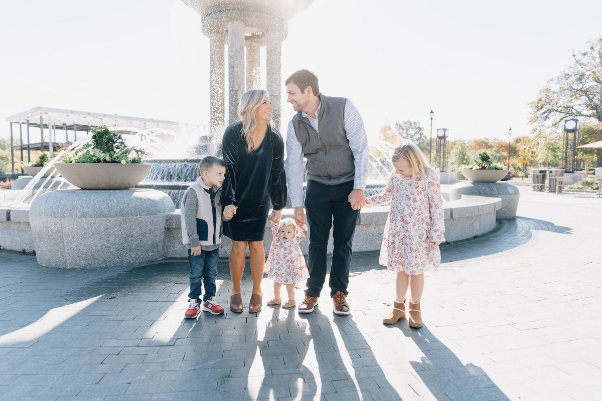 family-photos-in-downtown-cary-NC-4397