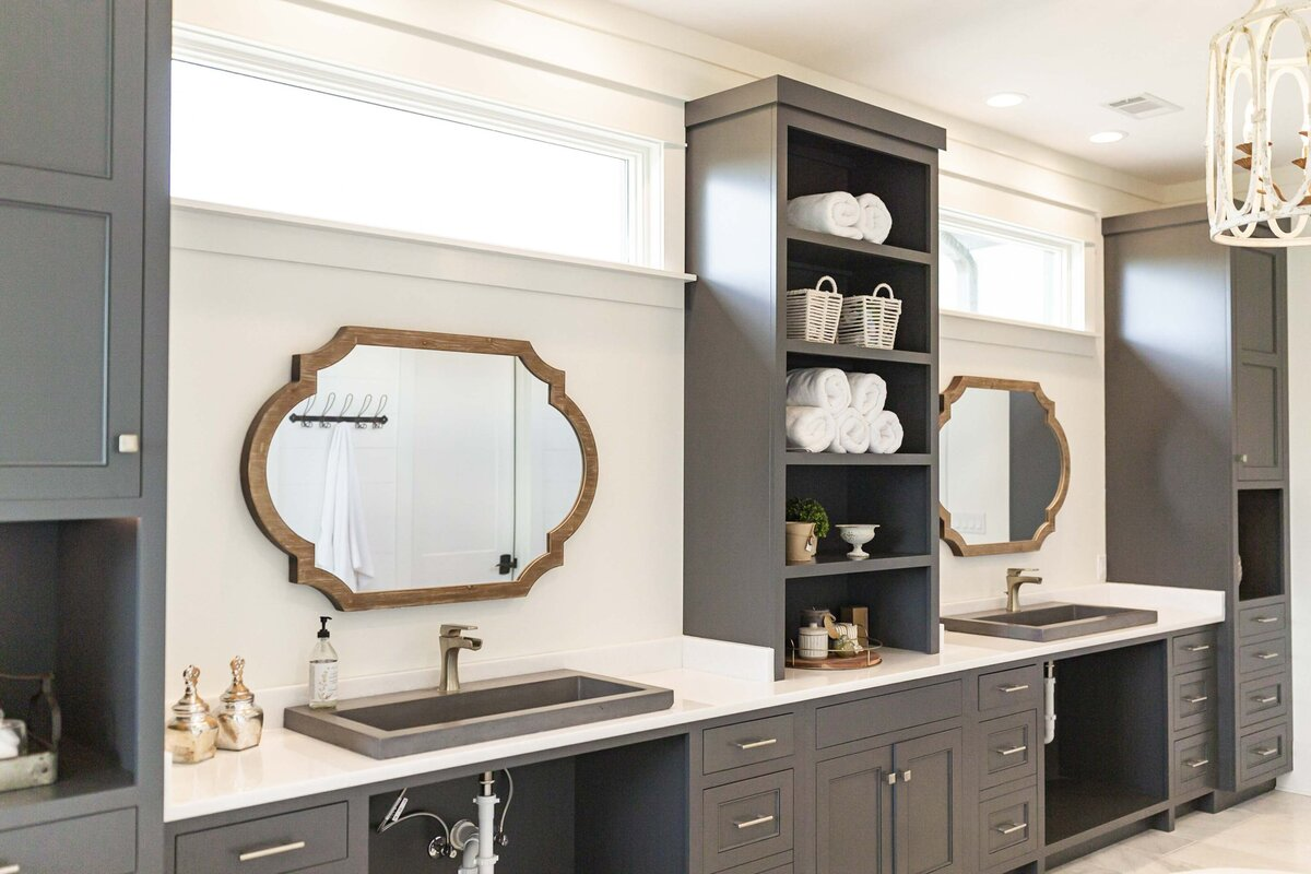 bathroom-master-redesign-charcoal-cabinets12