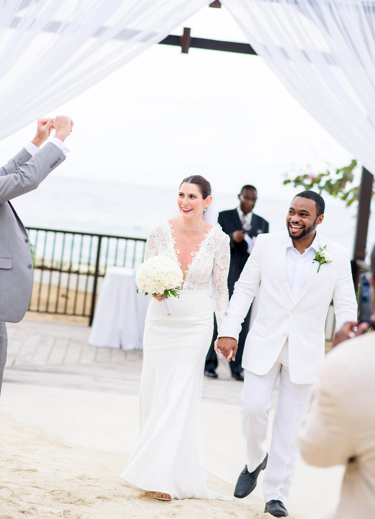 desination-wedding-jamaica-couple