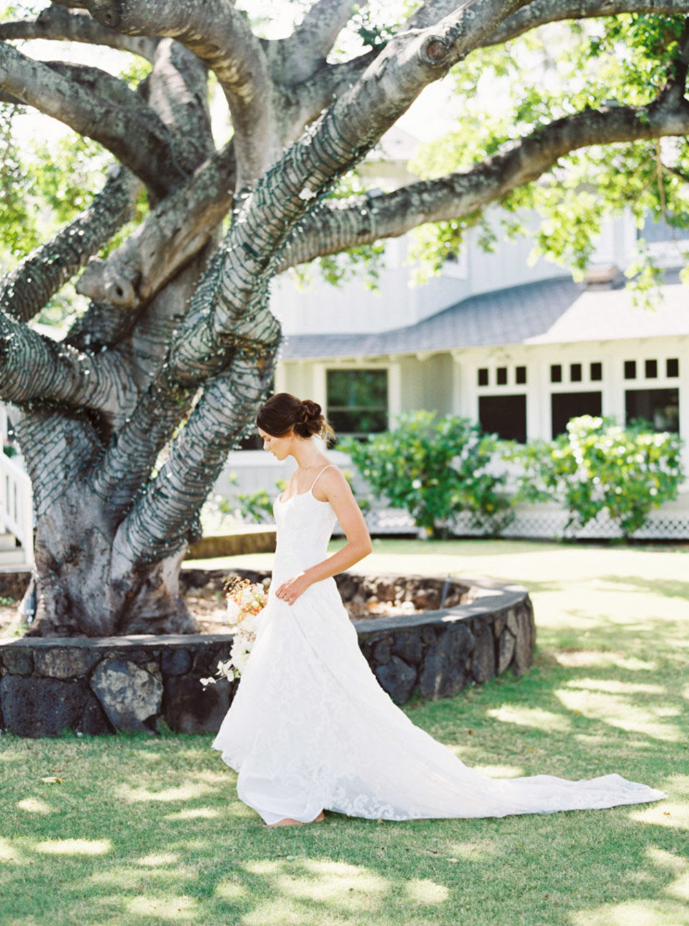 Hawaii Destination Wedding Photographer Sheri McMahon - Fine Art Film Tropical Hawaii Wedding Inspiration-00041
