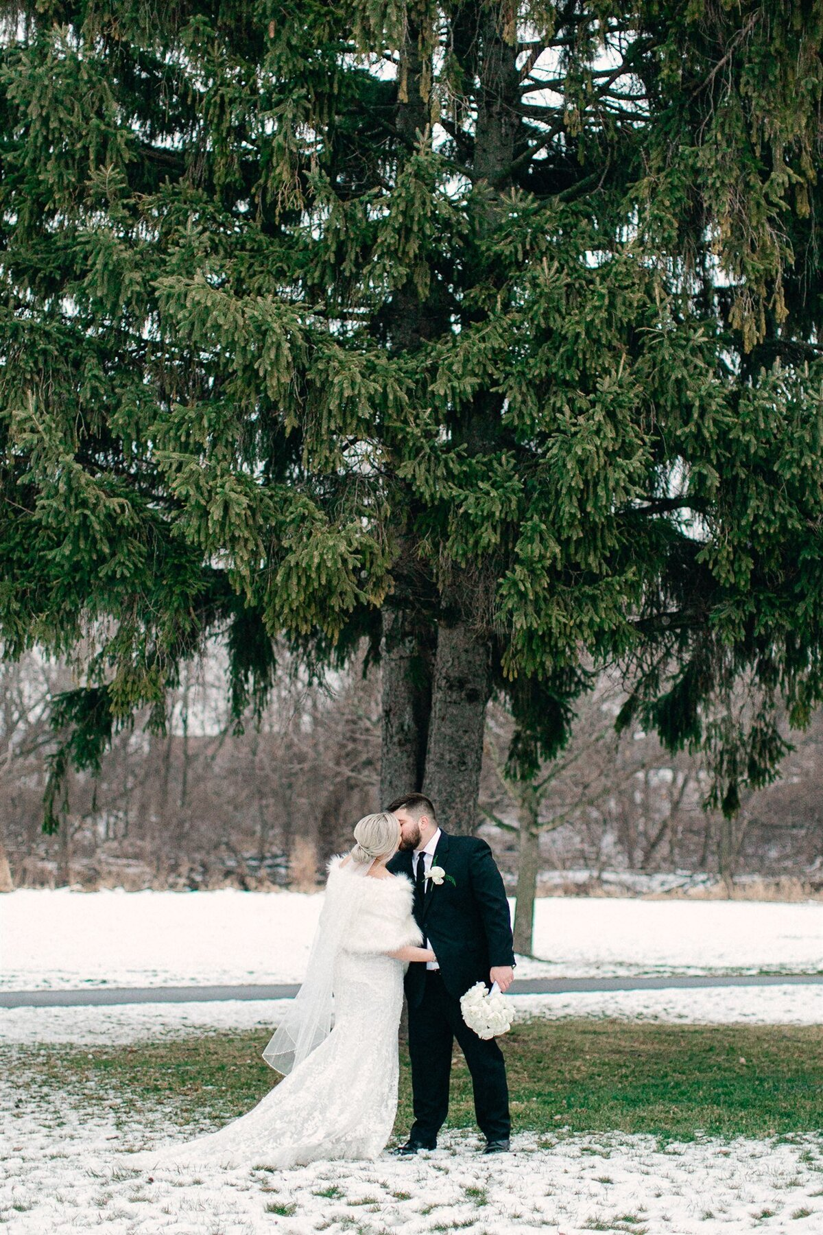 Jessica&Nick_Married_SneakPeak_0006-Copy3