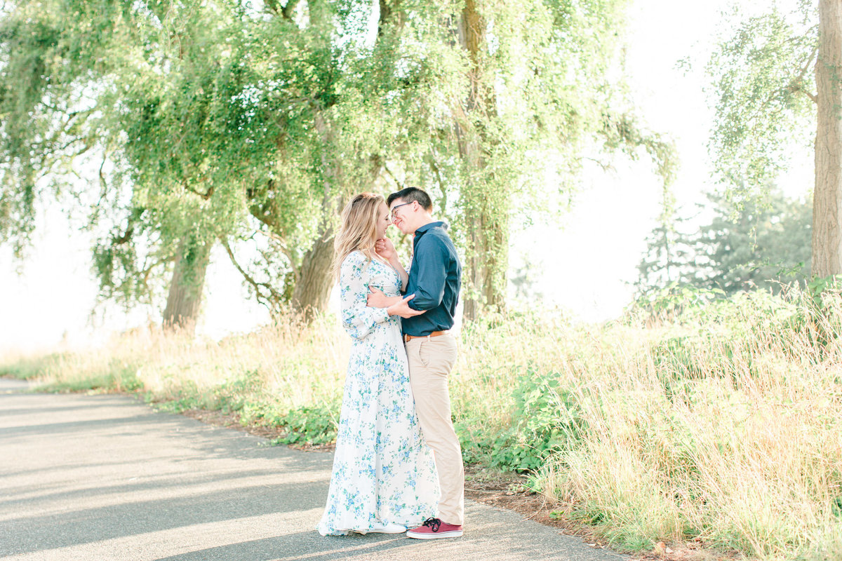 Seattle Discovery Park Engagement Session Tia LaRue Photography_0028