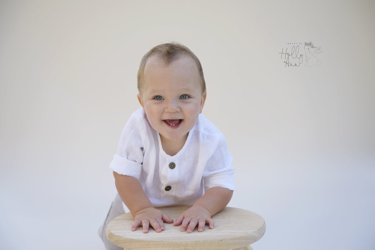 6 month old sitter portrait session