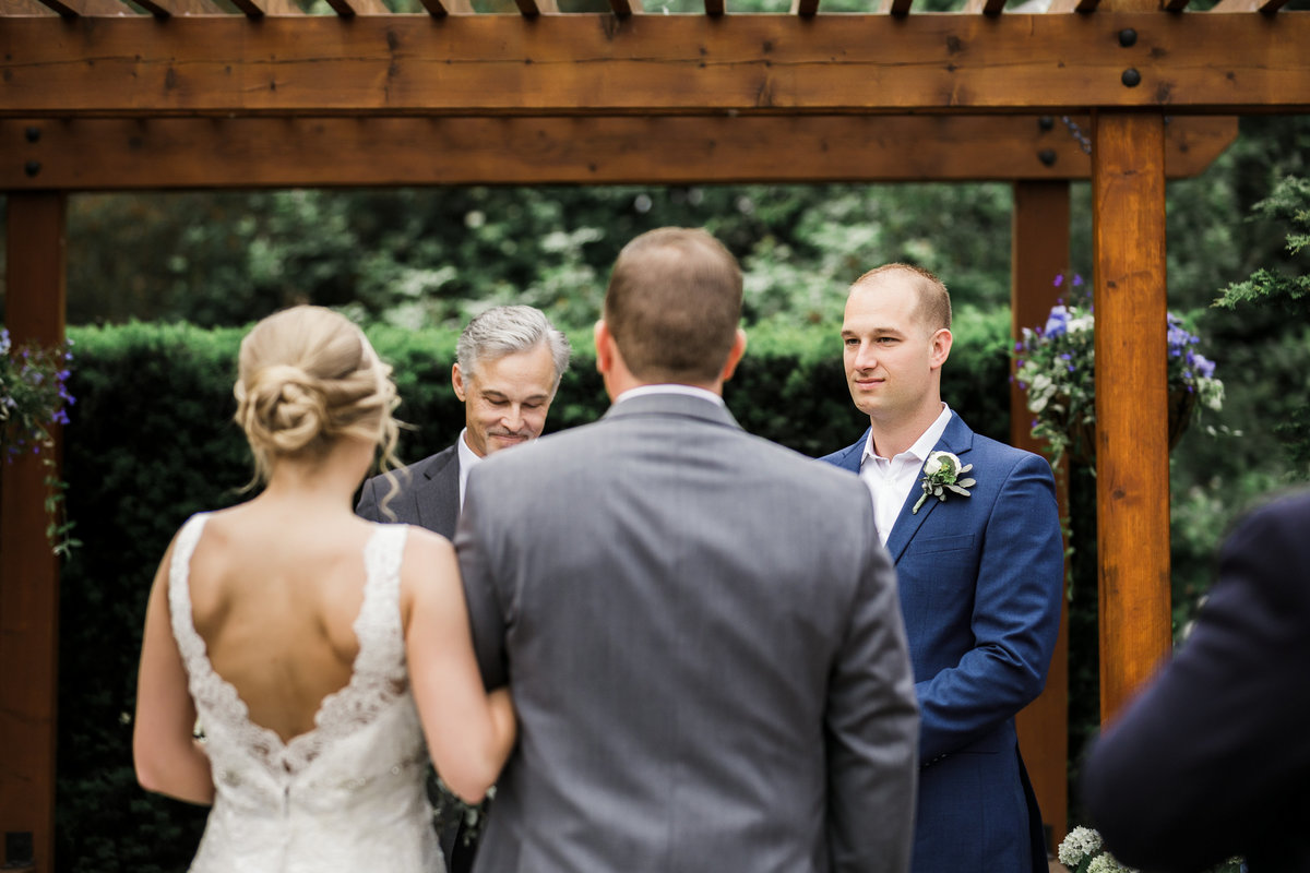 Woodinville-Wedding-Photographer-Willows-Lodge-58