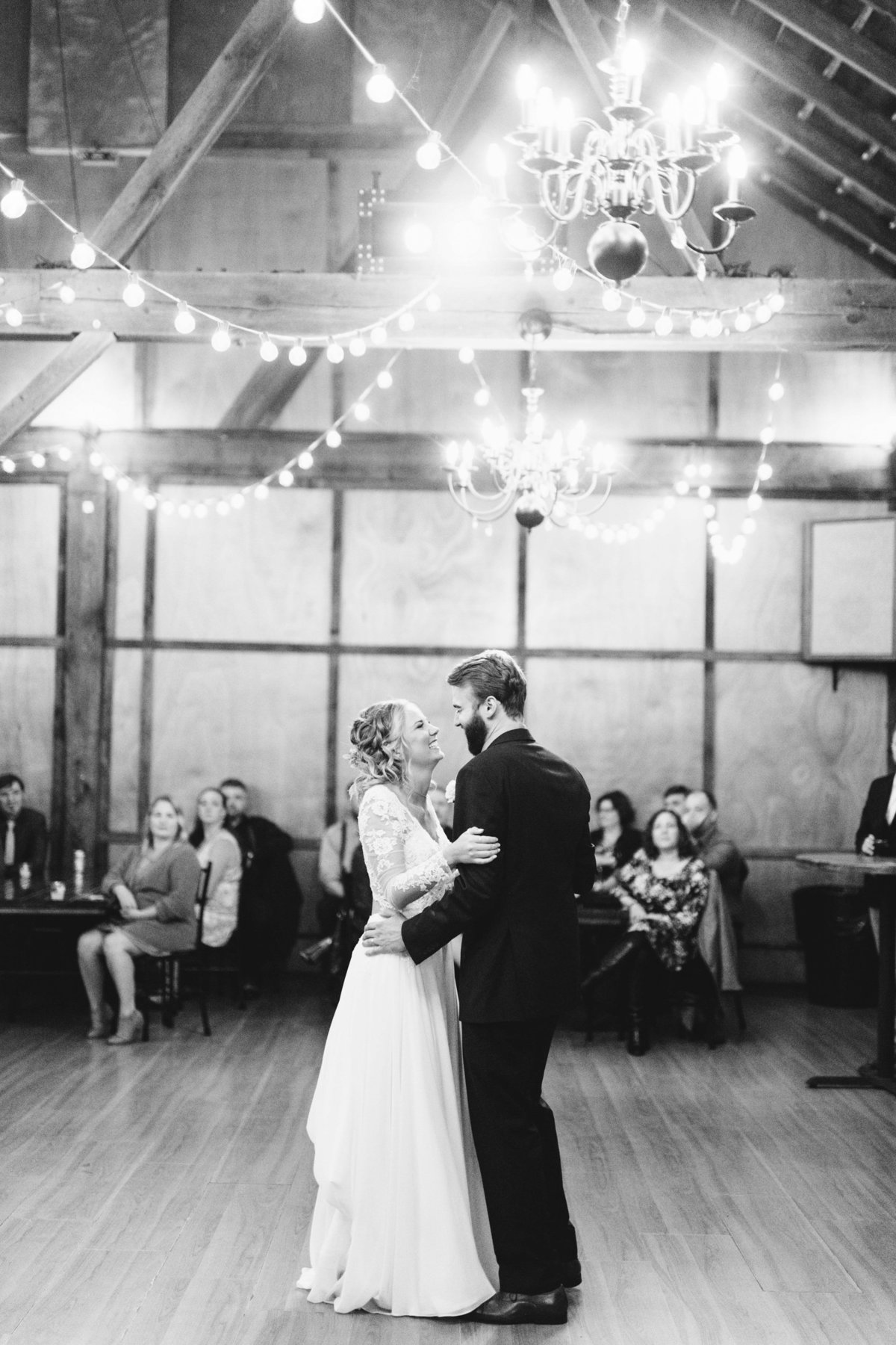 Hope-Glen-Farm-Cottage-Grove-Minnesota-September-Fall-Wedding-63