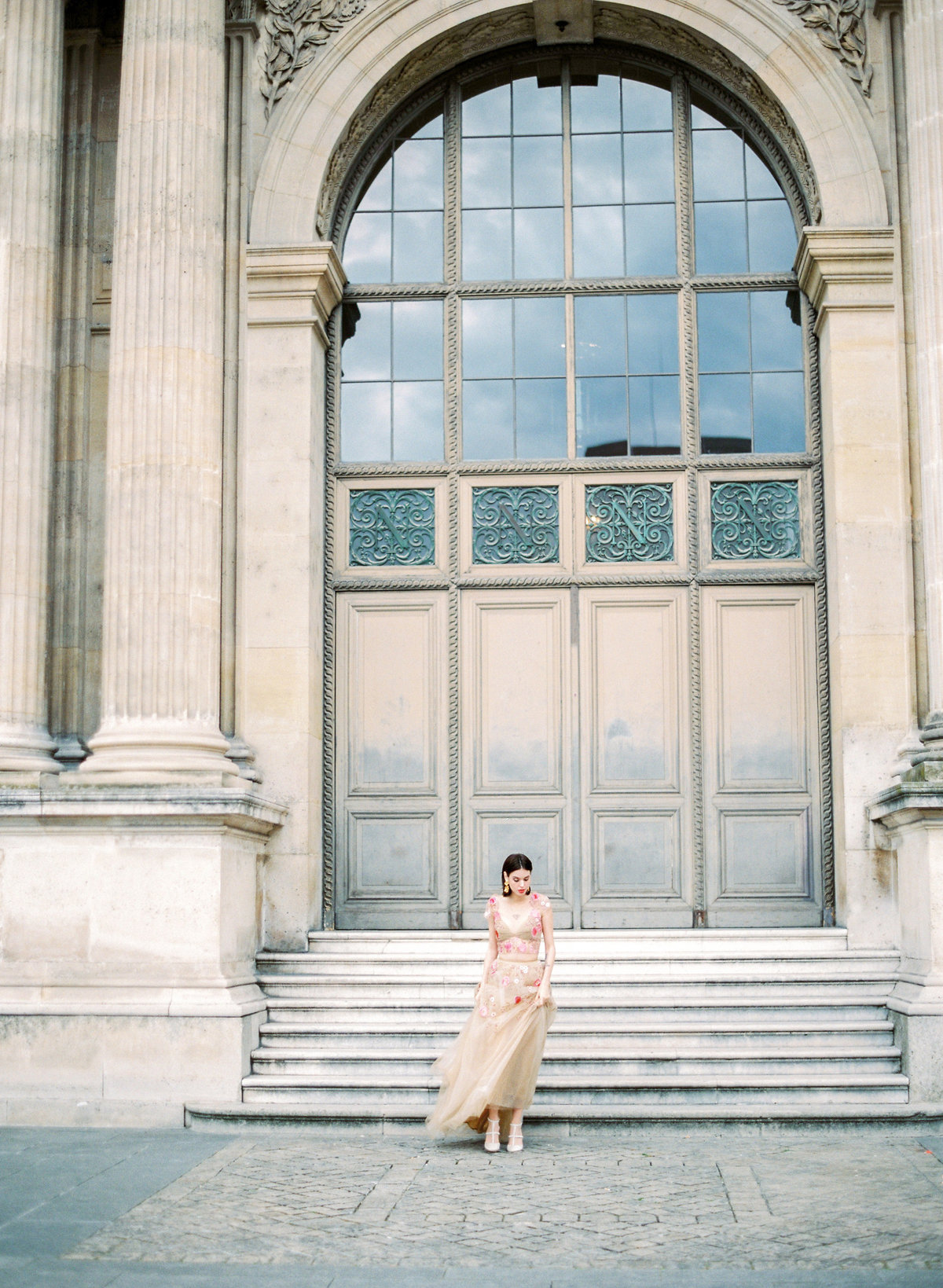 destination wedding photographer paris the lourve amelia soegijono 030