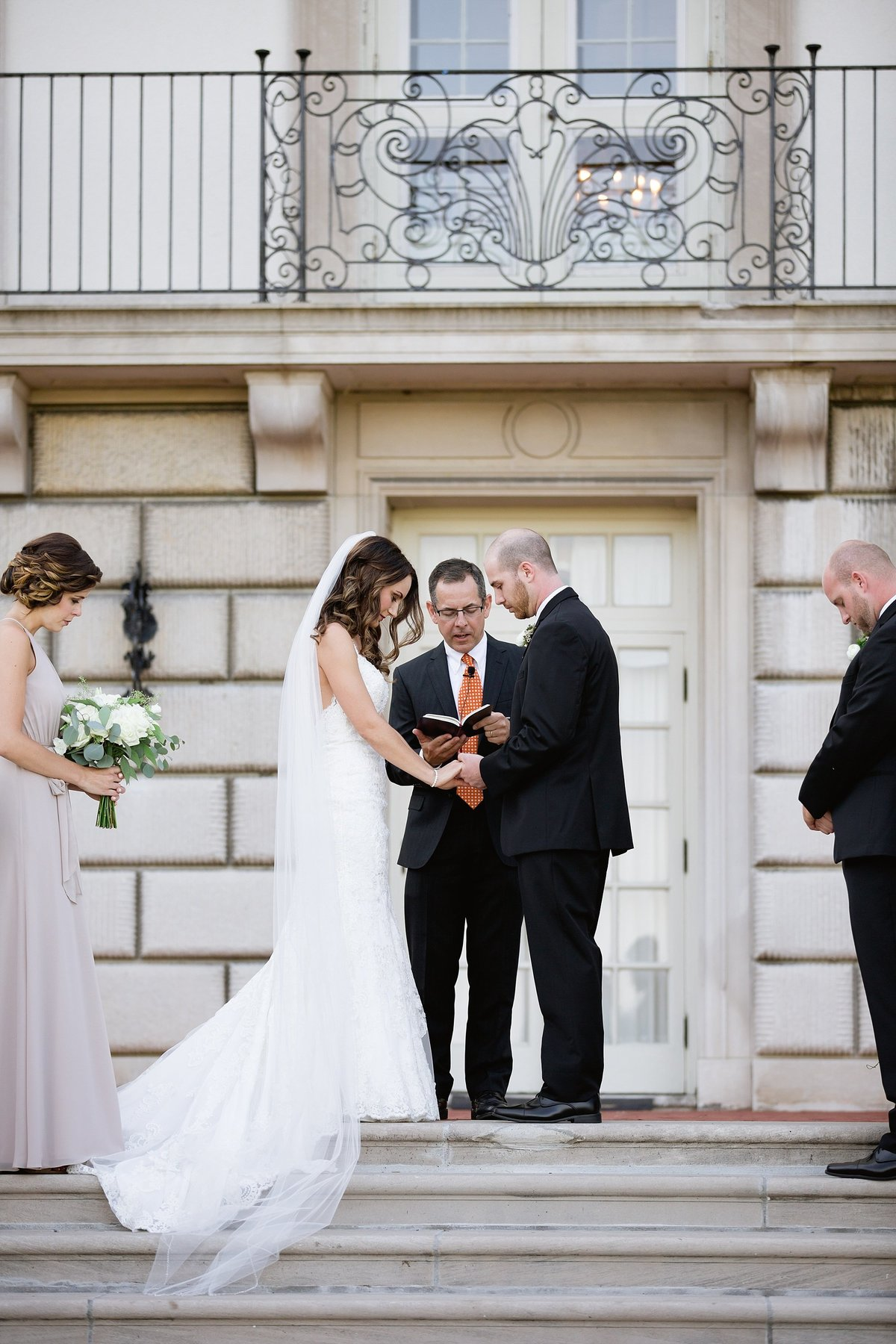 Shuster-Wedding-Grosse-Pointe-War-Memorial-Breanne-Rochelle-Photography89