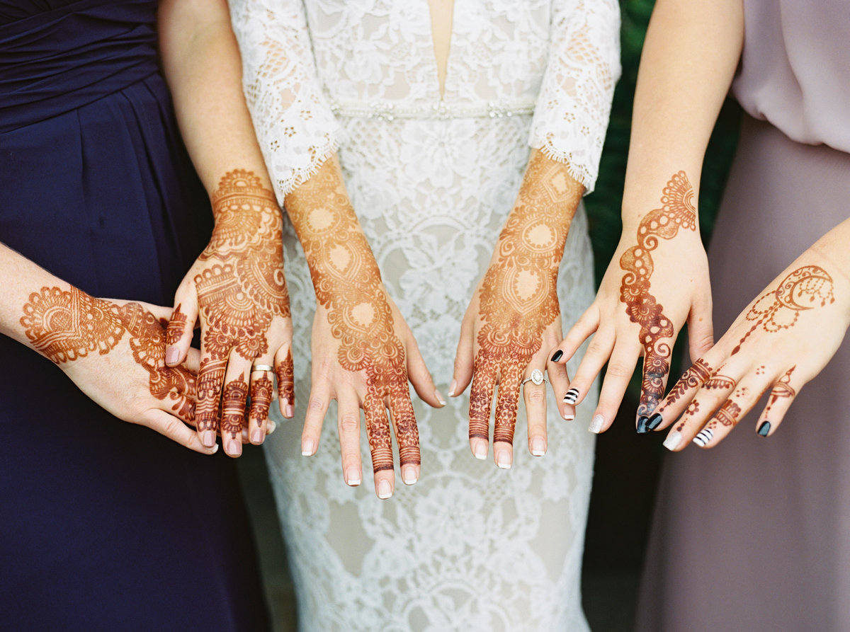 Modern wedding Mehndi for Lacey and her bridesmaids at Glen Ellen Farm in Ijamsville, Maryland.