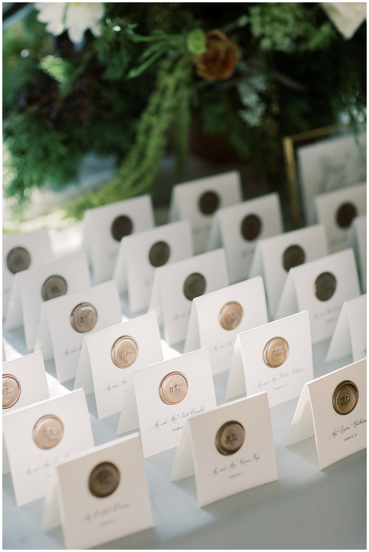 escort cards wedding / beautifully noted