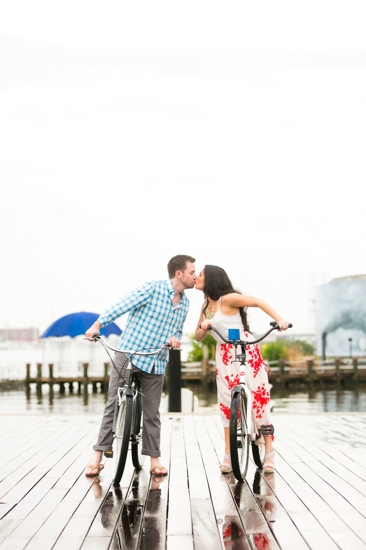 Engagement-Photos-on-bicycles