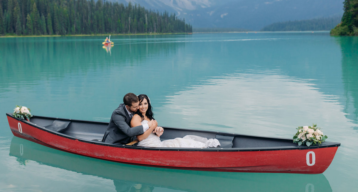 emerald lake lodge summer elopement red canoe