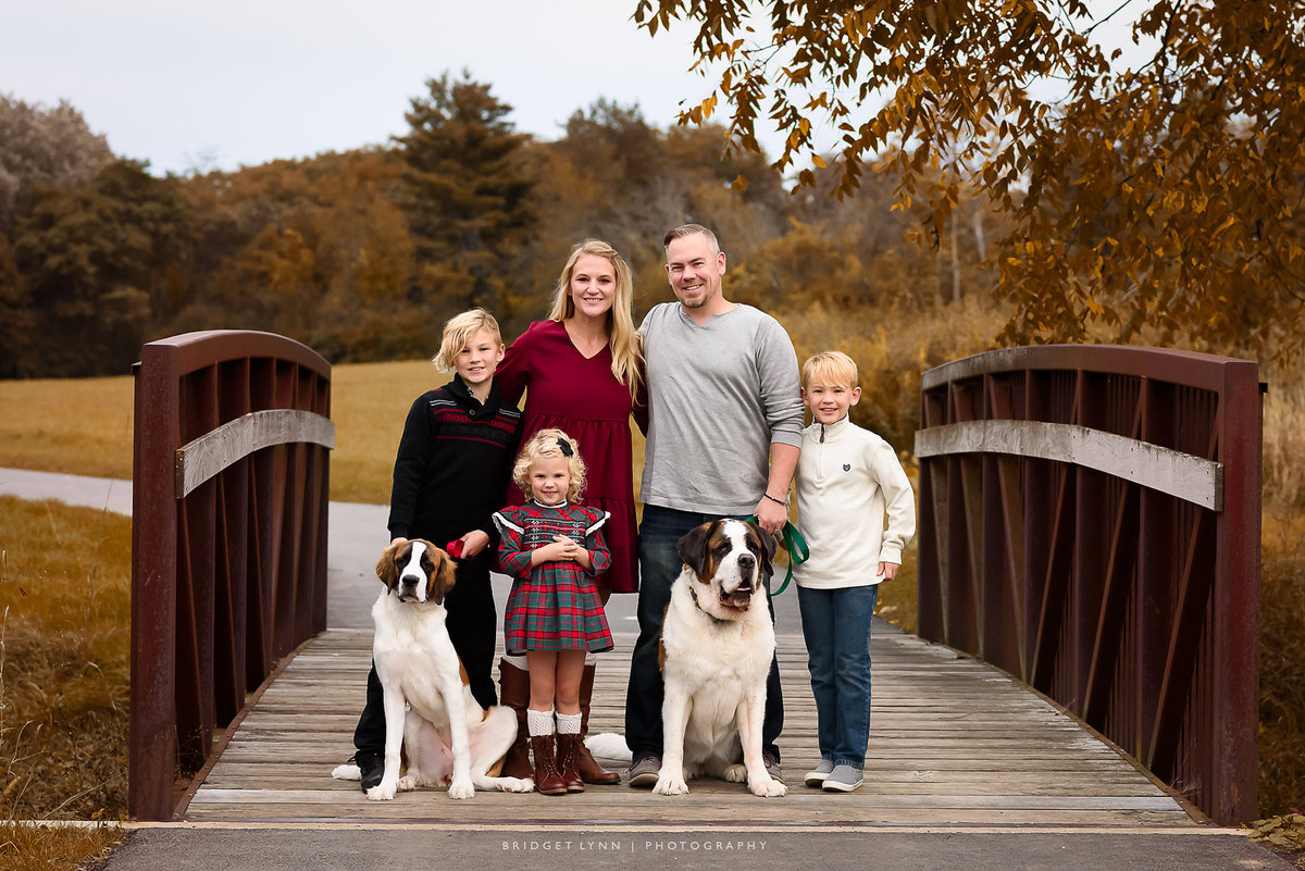 10-6-2019_Anderson-Family-4_fall_watermark