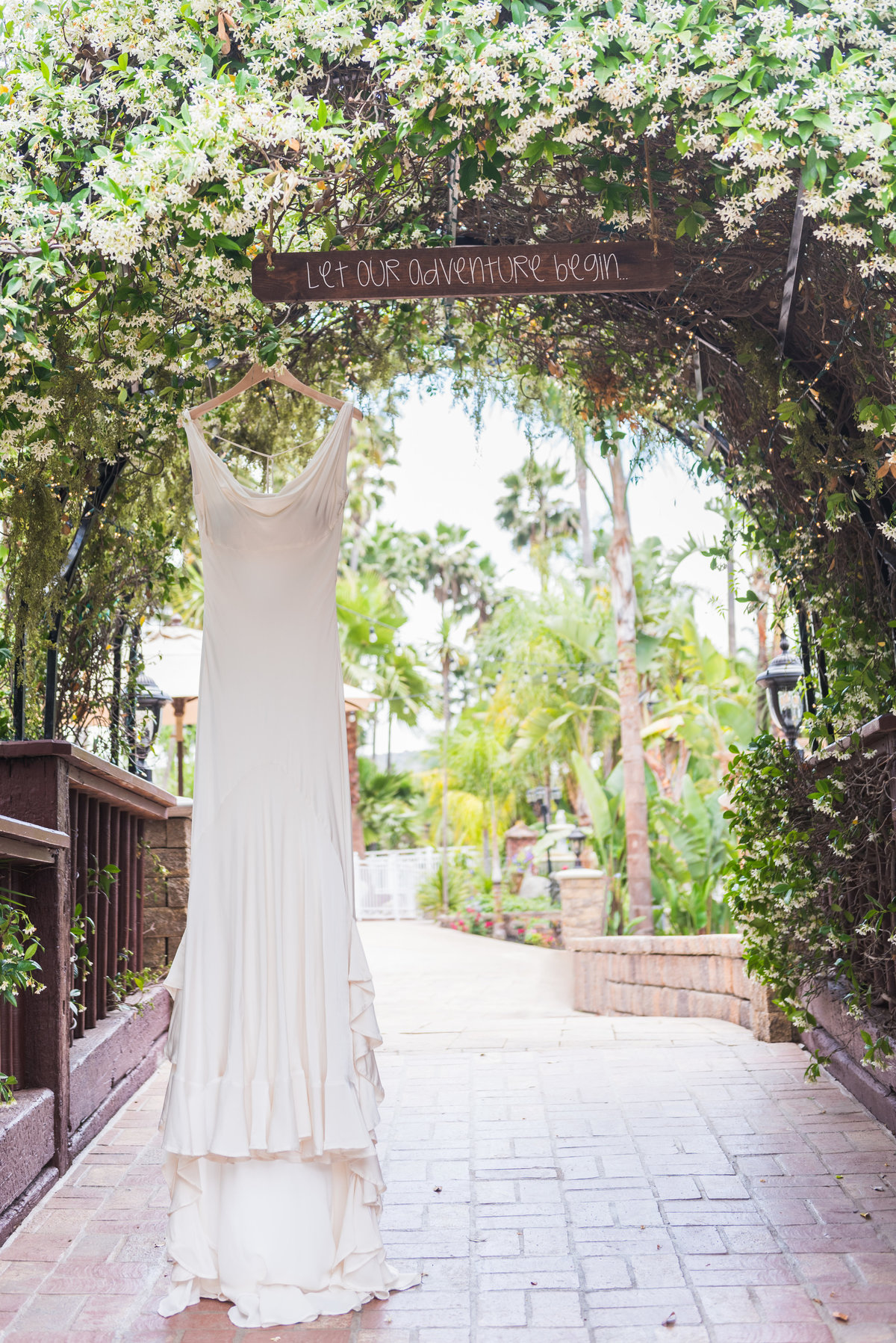 rancho-de-las-palmas-wedding-photos-1