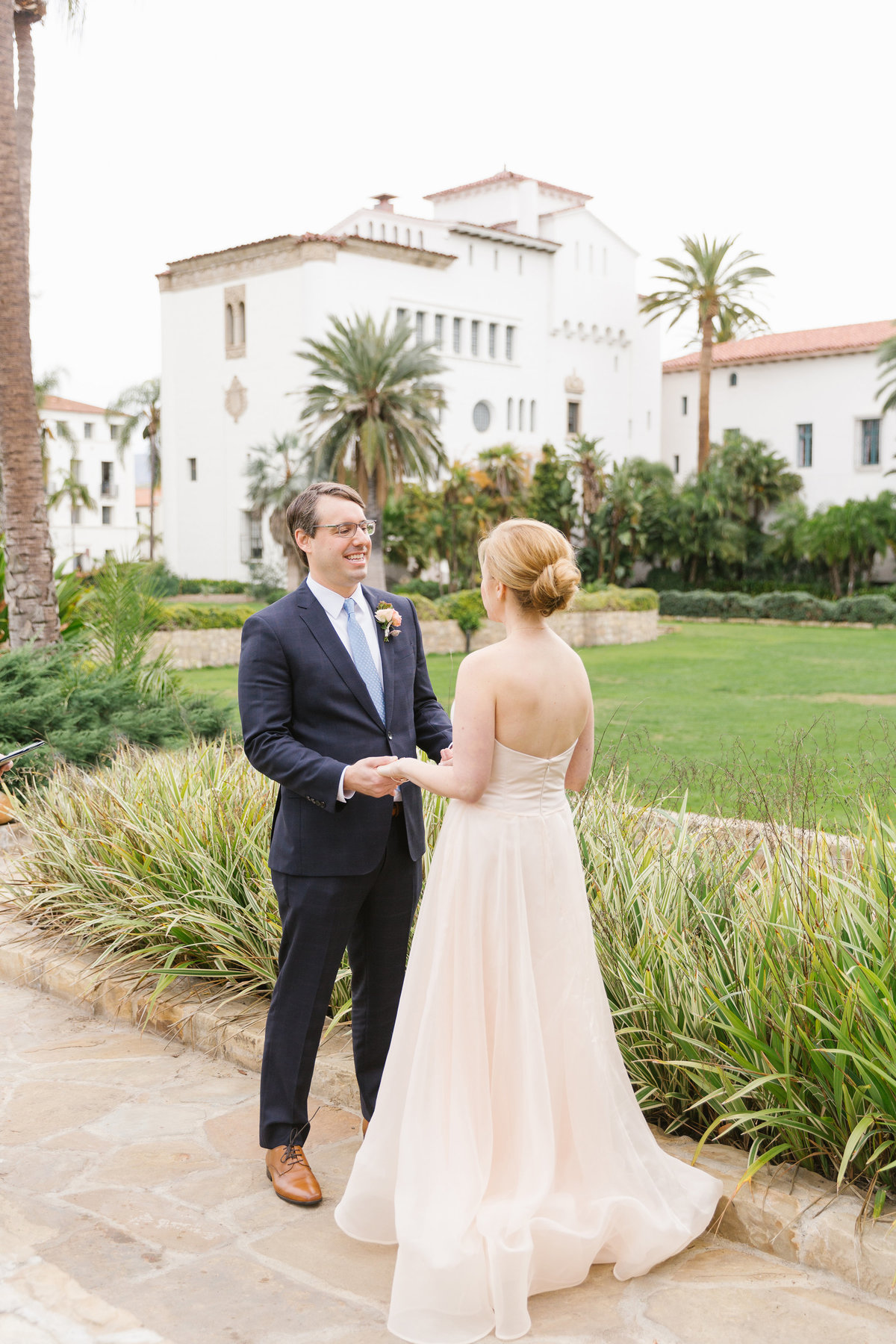 Intimate-Romantic-Santa-Barbara-Wedding-Venue-10
