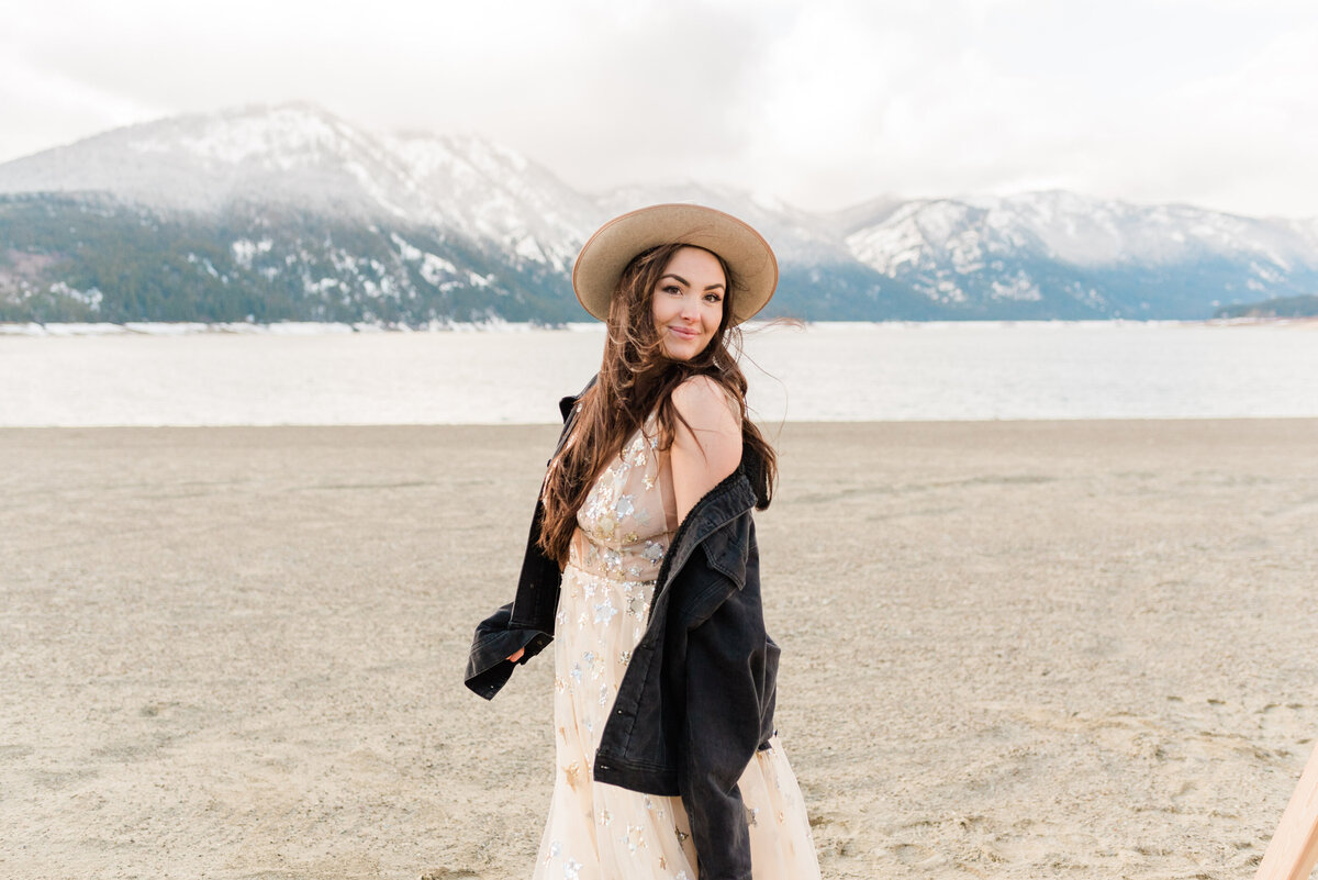 Cle-Elum-Washington-Lake-Elopement-Photographer-Photography-42