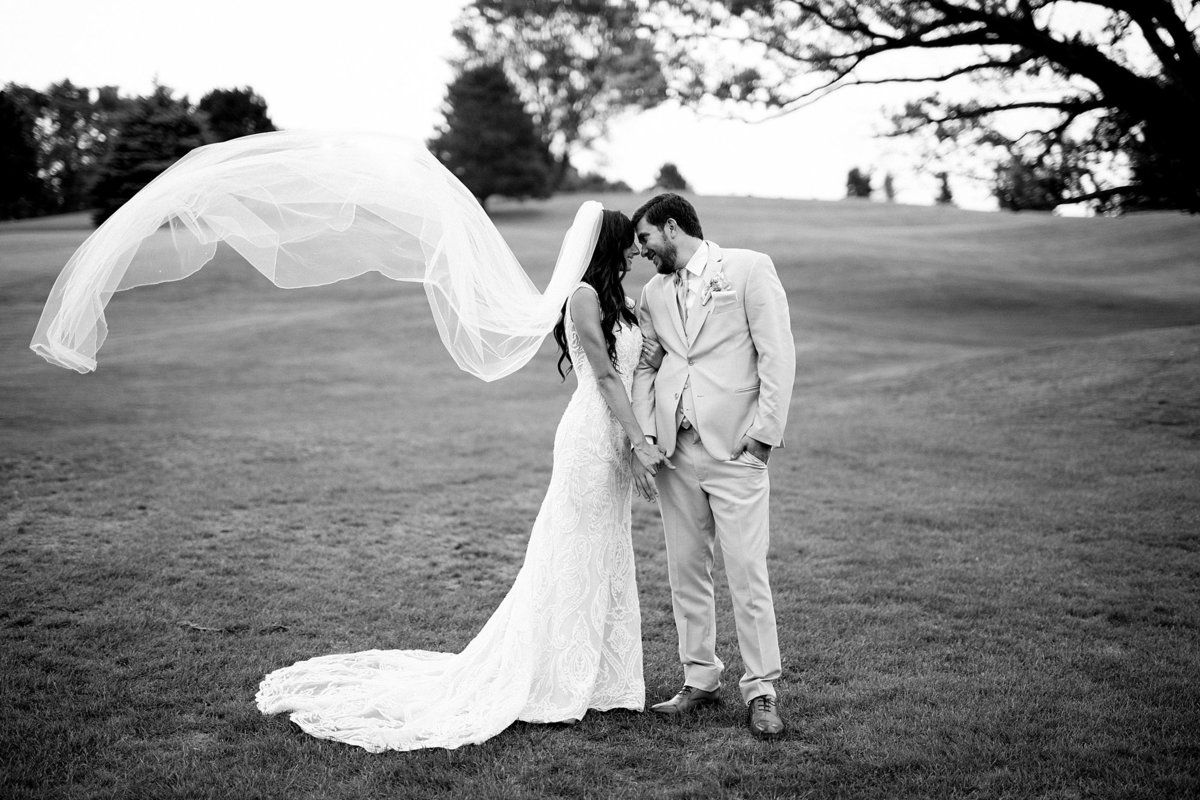 Lauren-Nate-Paint-Creek-Country-Club-Wedding-Michigan-Breanne-Rochelle-Photography87