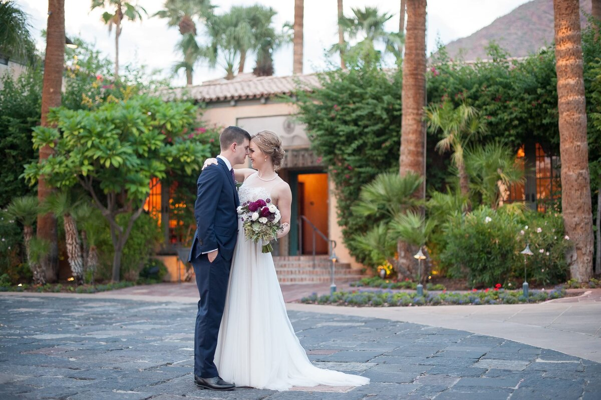 Royal-Palms-Wedding-by-Leslie-Ann-Photography-00070