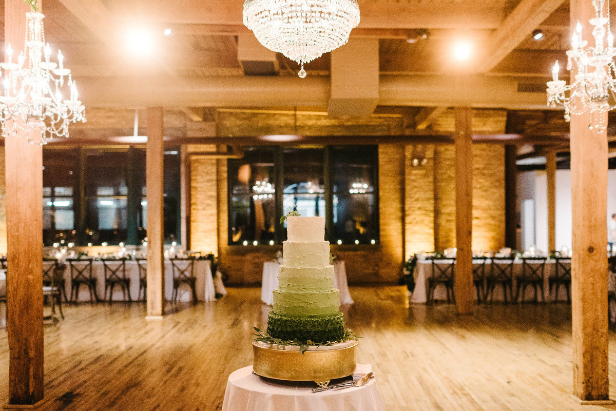 bridgeport_art_center_skyline_loft_chicago_wedding_florist_and_event_designer_life_in_bloom_13