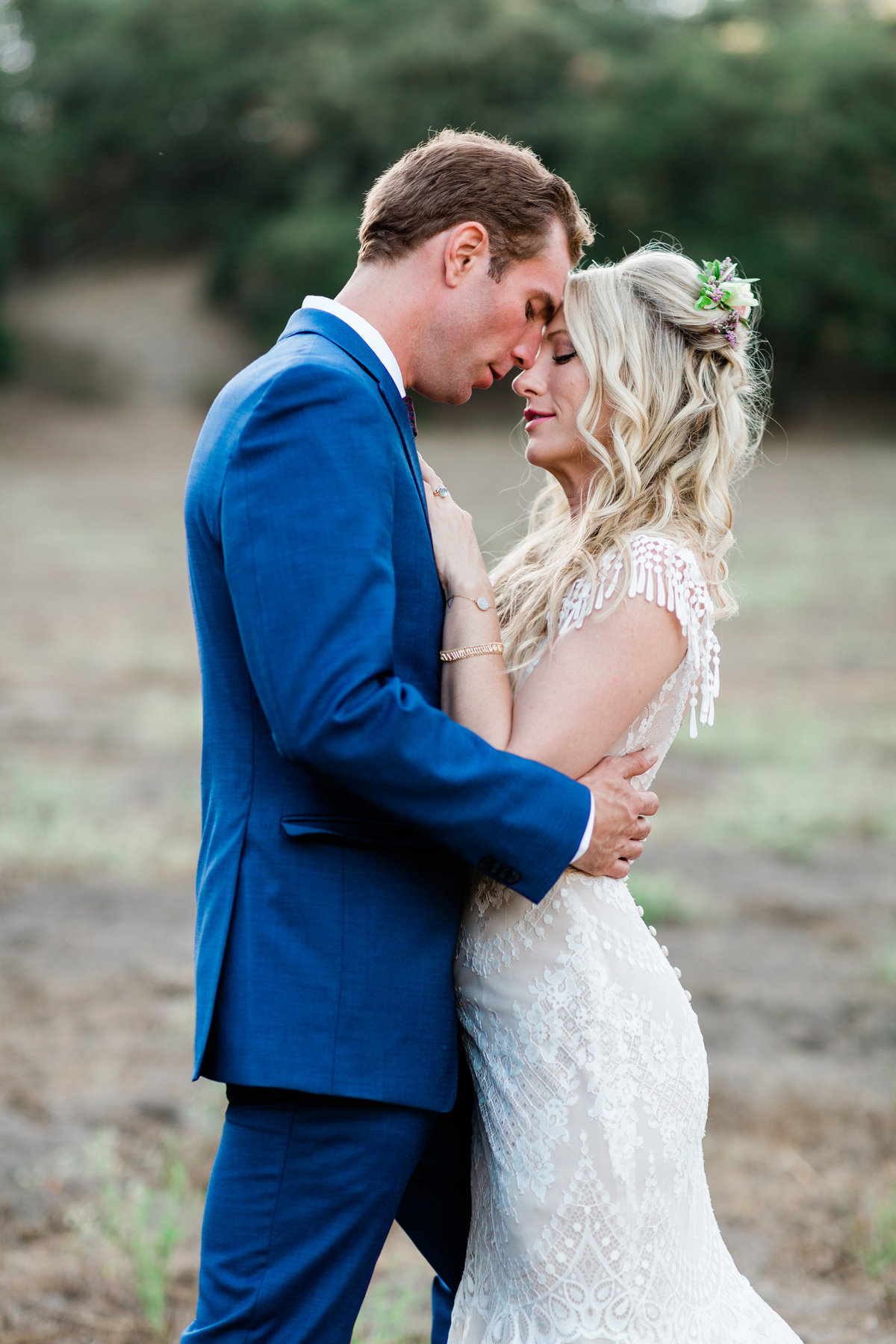 romantic sunset wedding in the private hills of a ranch in arroyo grande california