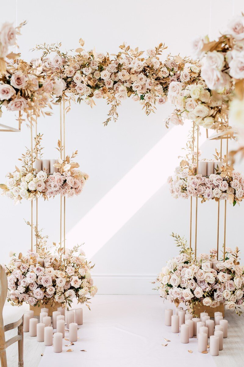 CoralPinkGoldWedding-COCObyCoversCouture-TorontoWeddingFlowers-PT.jpg4