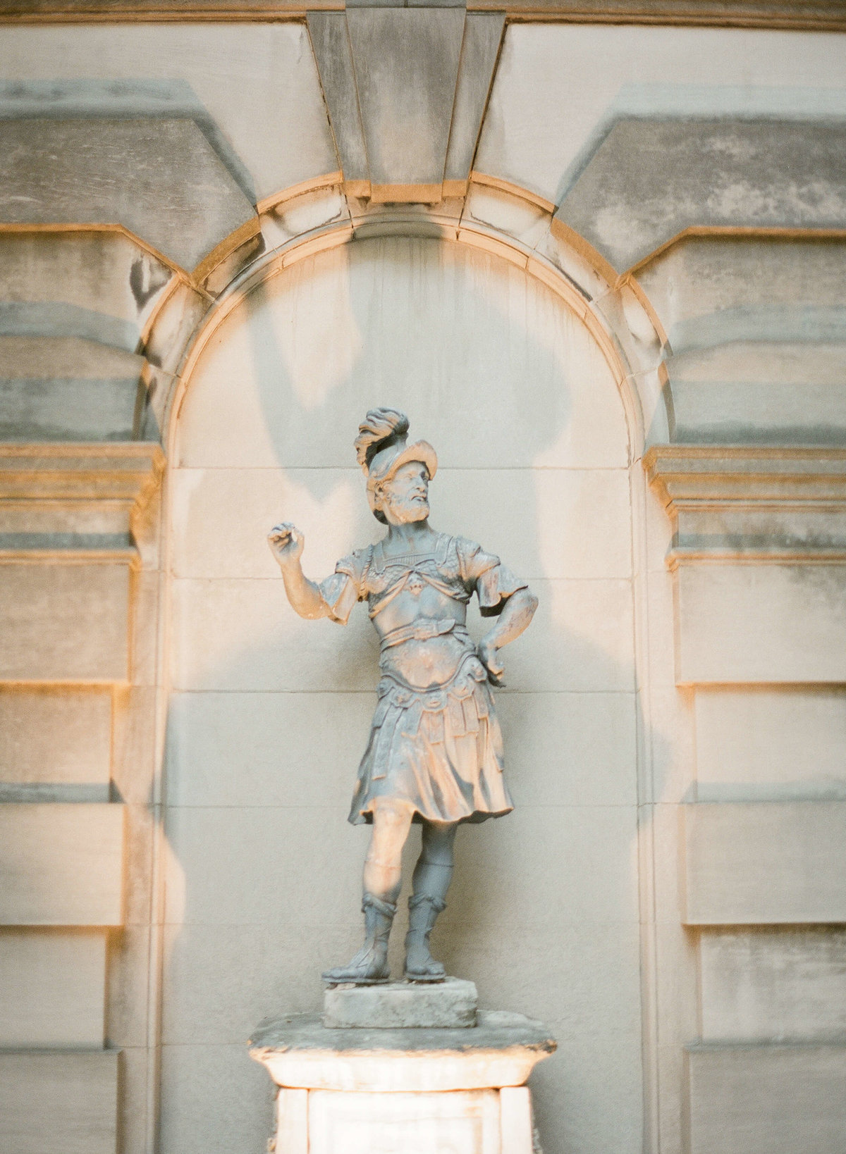 36-KTMerry-wedding-photography-AndersonHouse-exterior-detail-WashingtonDC
