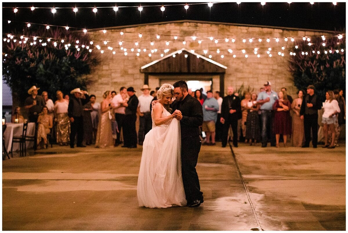 Houston Wedding Planner for Vintage Blush Floral Hoop Inspired Wedding at Emery's Buffalo Creek- J. Richter Events_0027