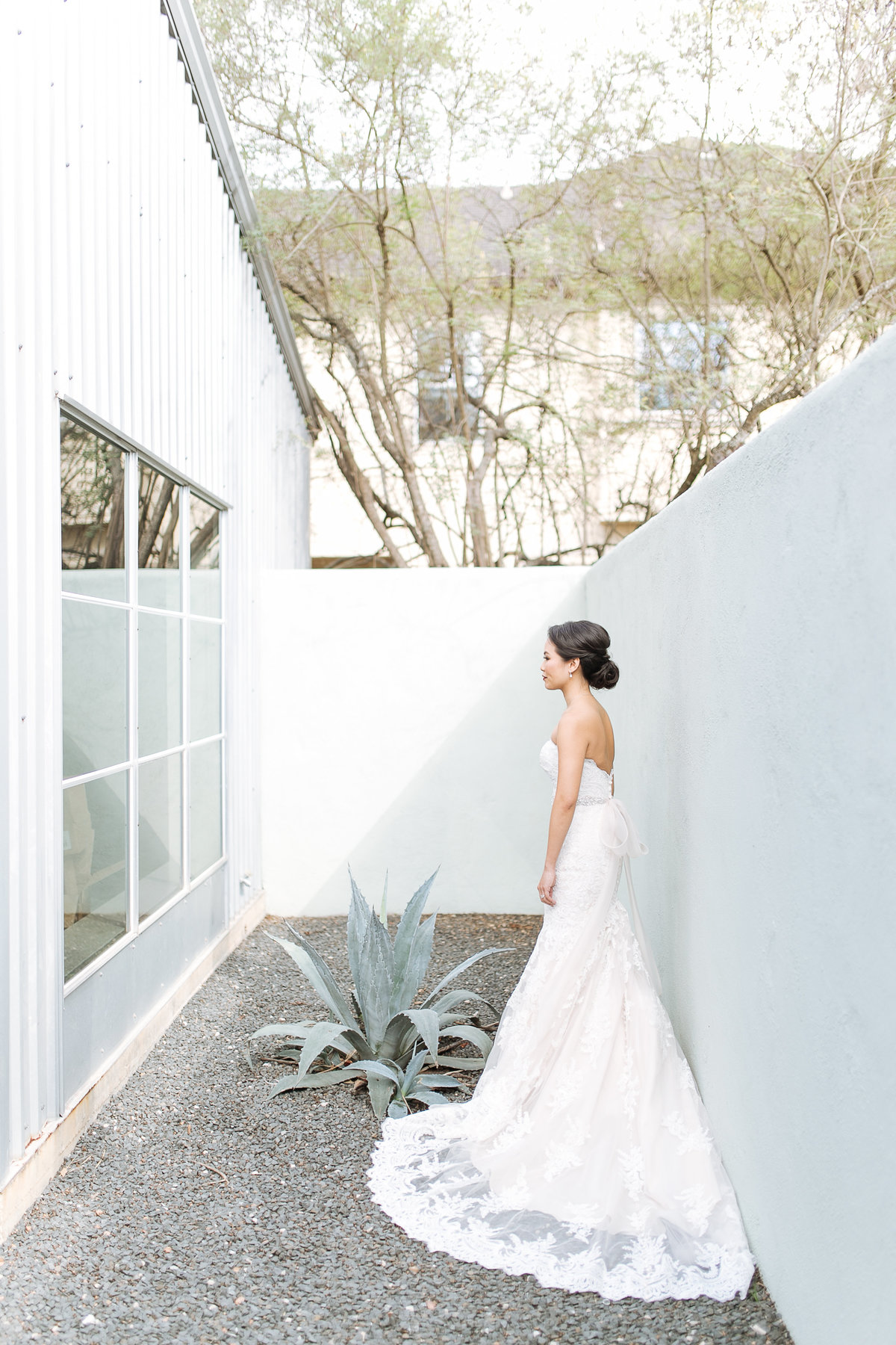 5226 elm wedding with houston wedding photographer smith house photo -- modern wedding photography