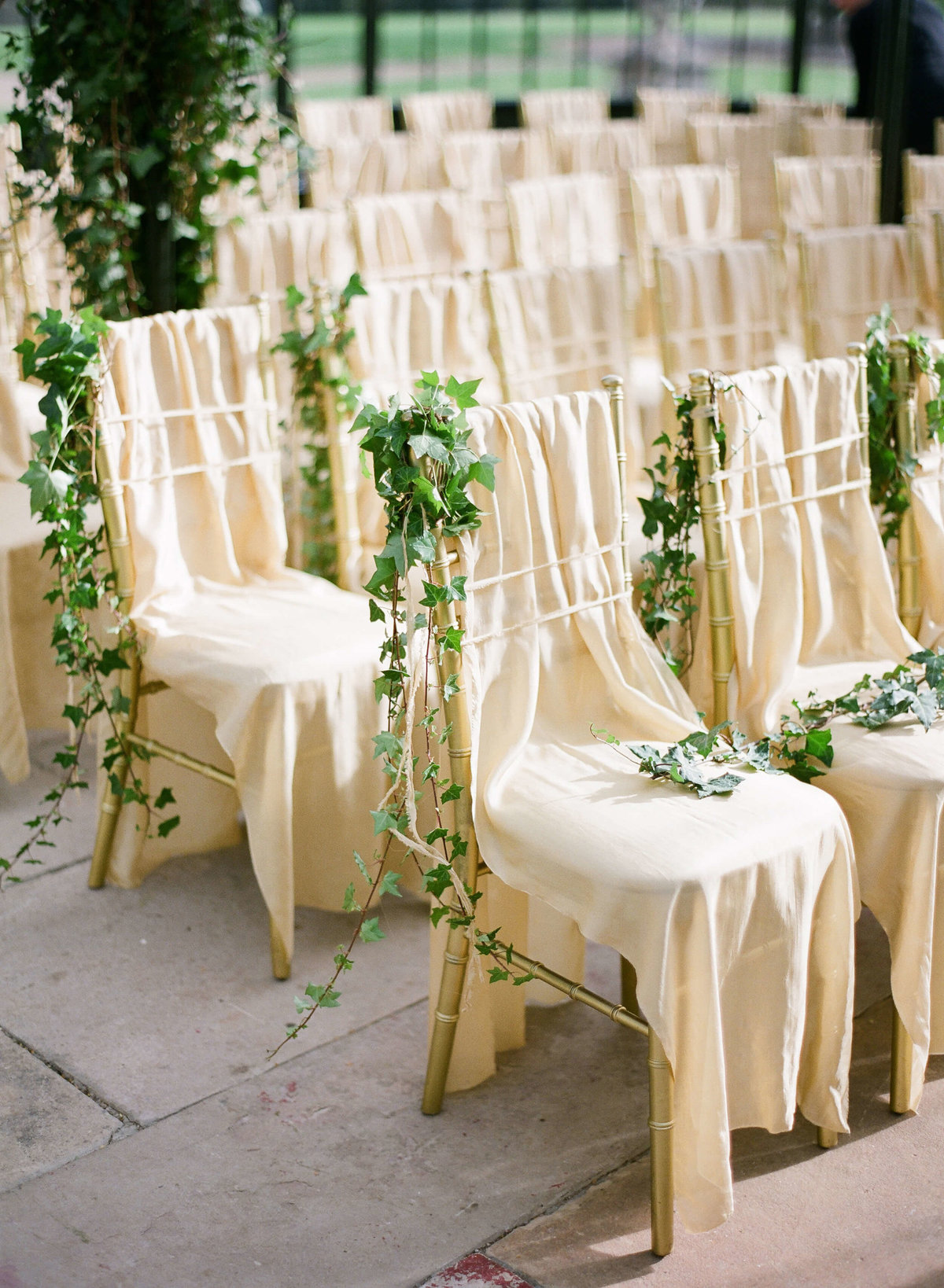 51-KTMerry-wedding-photography-ceremoney-chairs-covered
