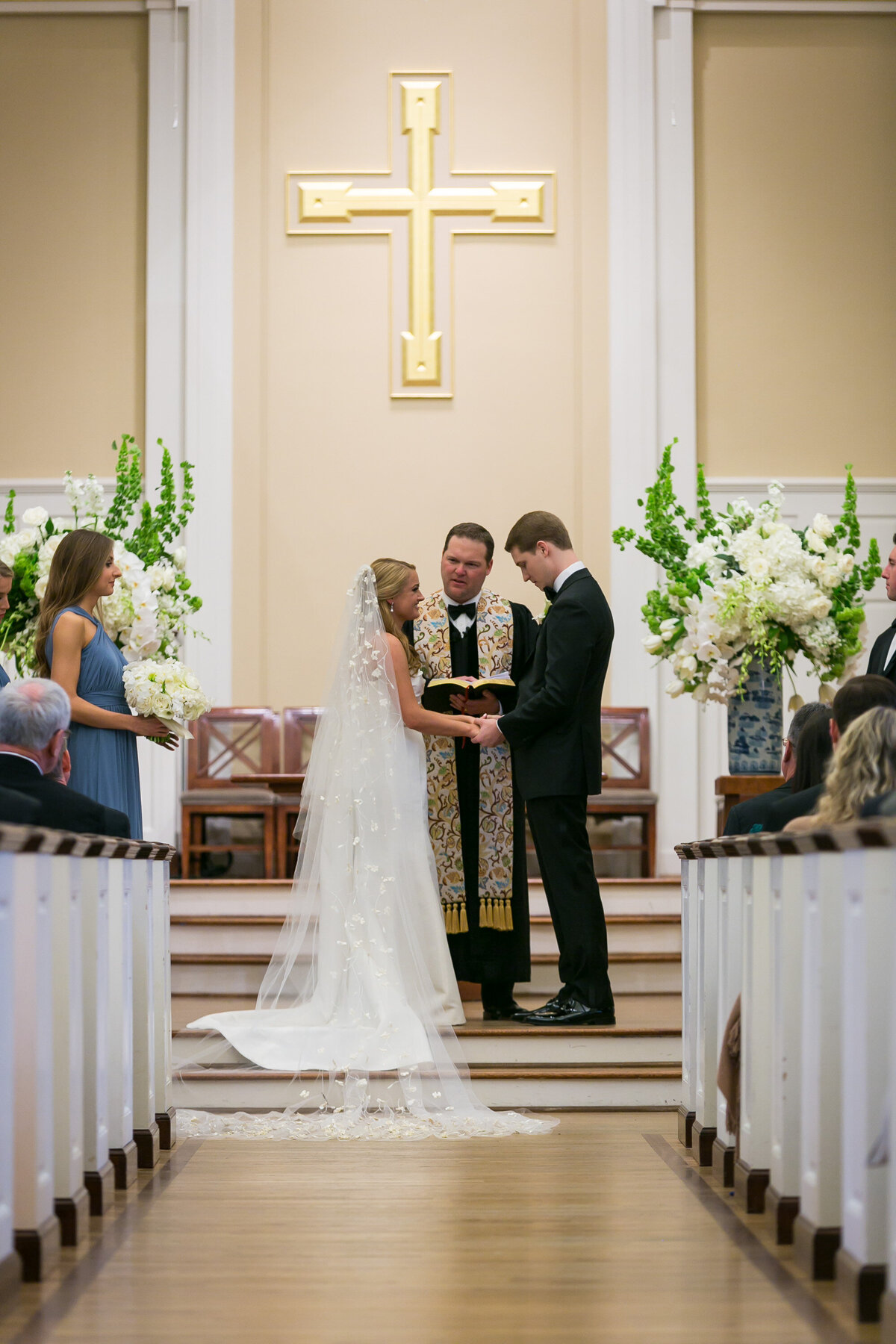 modern-perkins-chapel-wedding-with-great-design (38)
